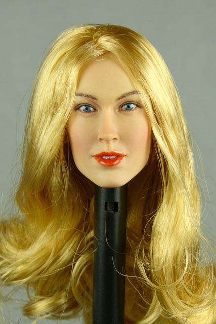 Nouveau Toys 1/6 Scale Female Head Sculpt Samantha With Hairpiece - NT001BD