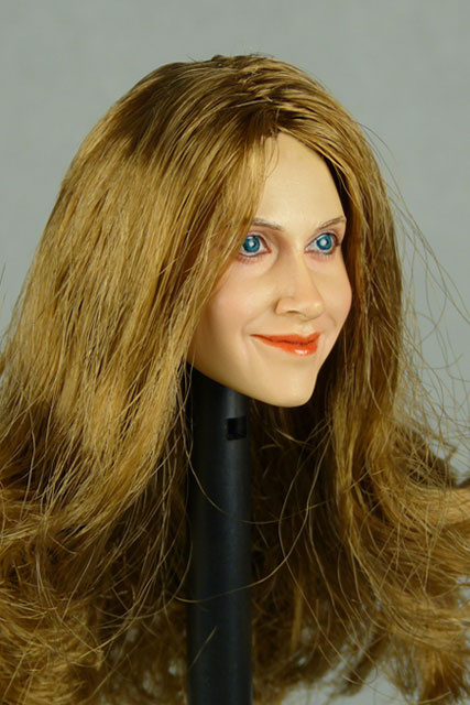 Nouveau Toys 1/6 Scale Female Head Sculpt Laurie With Hairpiece - NT002BT